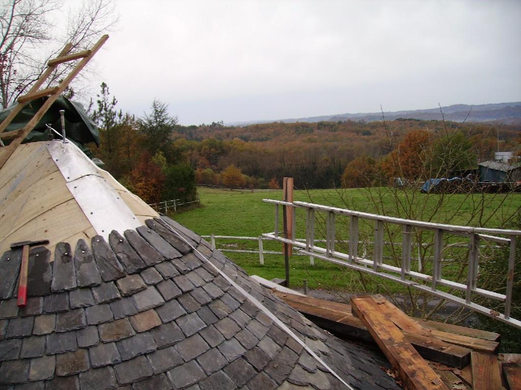 Four pain le toit rond - Comment refaire une toiture gratuitement ...